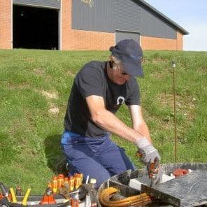 In Denmark 5 service technicians maintane 4.200 systems